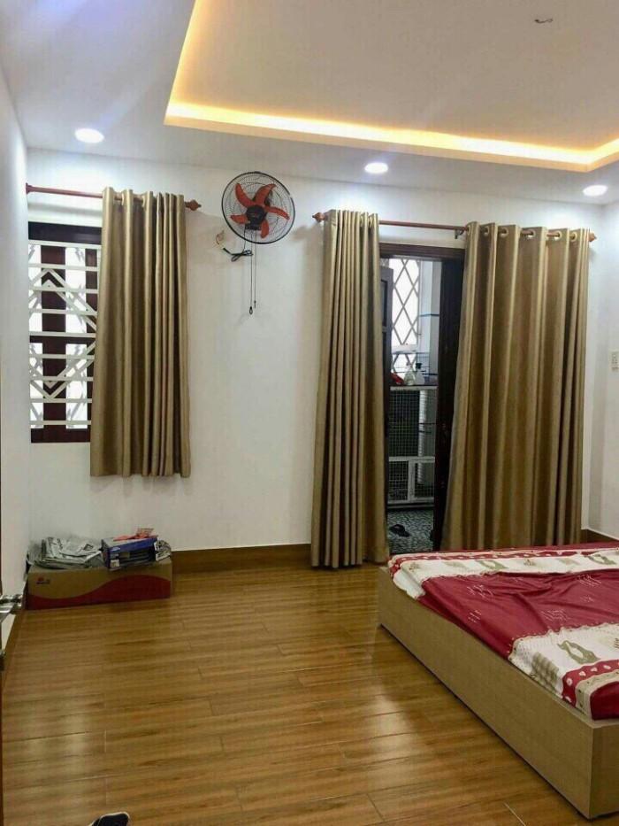 Gia đình tôi đi định cư Mỹ Cần Bán nhà 85m2 đường Nguyễn Đình Chiểu, Quận 3.