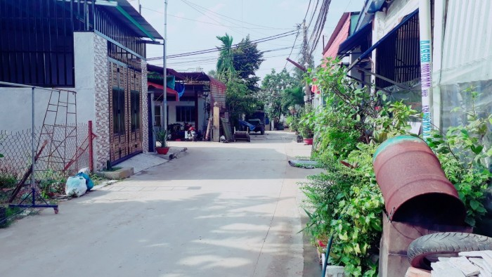Nợ ngân hàng cần bán gấp lô đất gần đường Đồng Khởi 10x30m