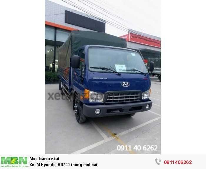 Xe tải Hyundai HD700 thùng mui bạt 1