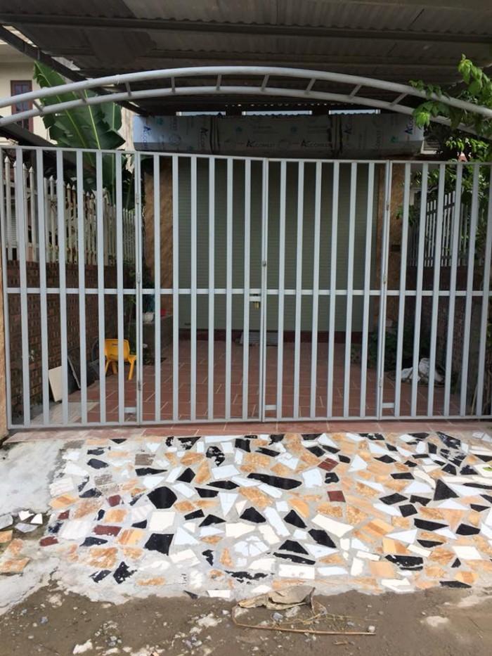 Gia đình tôi chuyển đi nên cần nhượng lại căn nhà cấp 4 Phường Phúc Lợi, Long Biên, Hà Nội