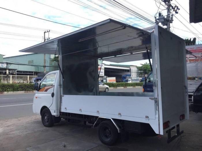 Khuyến mãi mua xe tải Hyundai H150 thùng cánh dơi, bán hàng lưu động - Trả trước 80 triệu, giao xe ngay, gọi 0978015468 (Mr Giang 24/24)