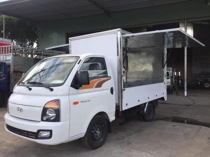 Bán xe tải Hyundai H150 thùng cánh dơi, bán hàng lưu động - Trả trước 80 triệu, giao xe ngay, gọi 0978015468 (Mr Giang 24/24)