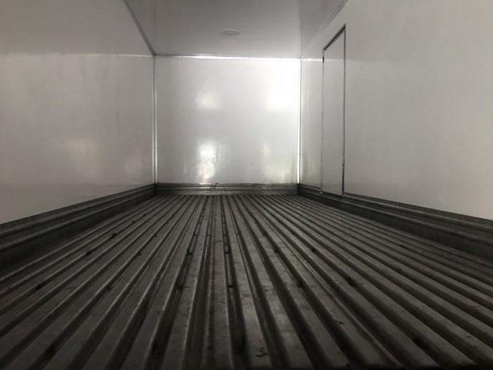 Xe tải Hino 3.5 tấn thùng đông lạnh, trả trước 100 triệu, giao xe ngay - Gọi 0978015468 (Mr Giang 24/24)