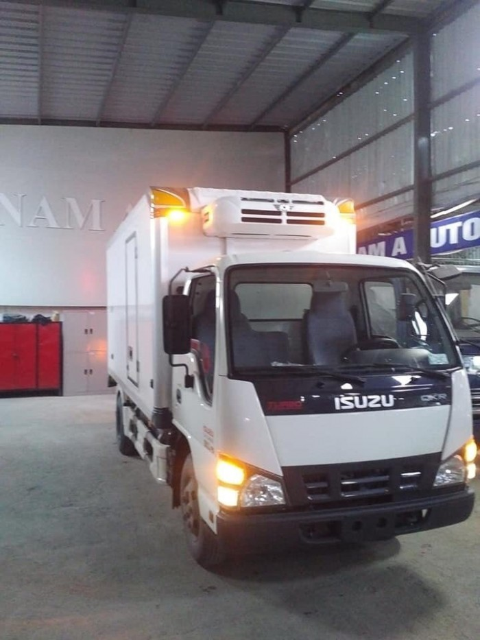 Xe tải ISUZU 2T4 QKR77HE4, thùng đông lạnh - Trả trước 100 triệu, giao xe ngay - GỌI 0978015468 (Mr Giang 24/24)