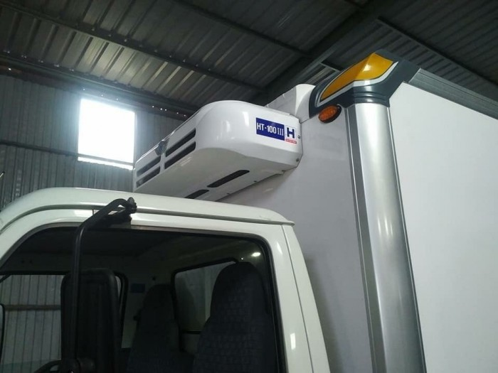 Khuyến mãi mua xe tải ISUZU 2.4 tấn, thùng đông lạnh - Trả trước 100 triệu, giao xe ngay - GỌI 0978015468 (Mr Giang 24/24)