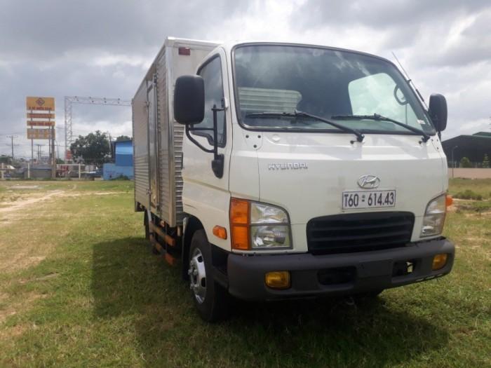 Xe tải 2.5 tấn Hyundai N250 thùng kín, trả trước 125 triệu, giao xe ngay