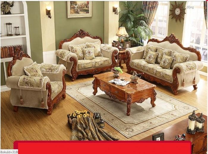 bàn ghế gỗ cổ điển tại q1 q2 q7 q92