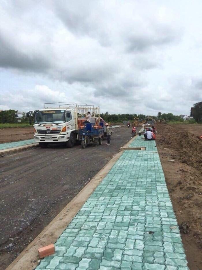 Cần bán lô đất 5x20m mặt tiền Đinh Đức Thiện, đối diện KCN Cầu Tràm, sổ hồng riêng, xây tự do.