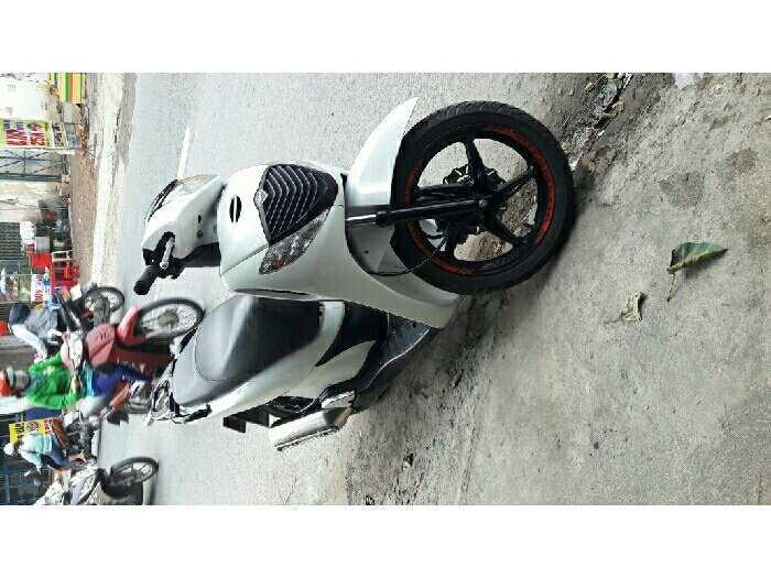 Honda 150 up fun sh shi màu trắng áo zin 0