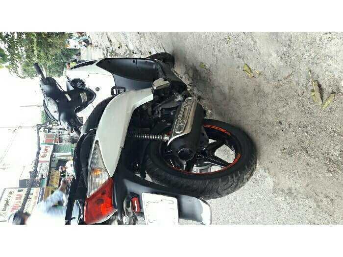Honda 150 up fun sh shi màu trắng áo zin 3