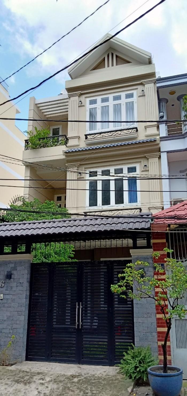 Bán nhà mặt tiền đường Ngô Quyền, 6,1x20, 3 tấm