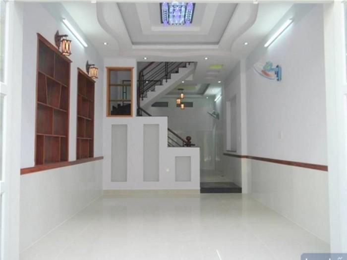Vỡ nợ cần bán gấp nhà phố 3 lầu, diện tích 125m2, Tân Bình.