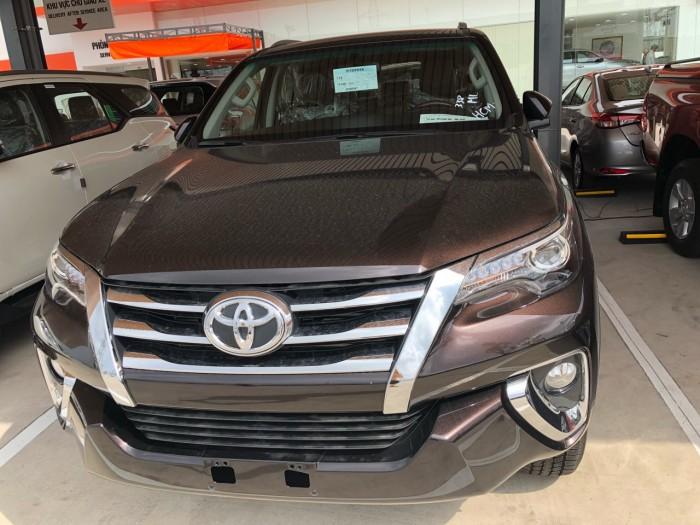 Toyota Fortuner sản xuất năm 2018 Số tự động Dầu diesel
