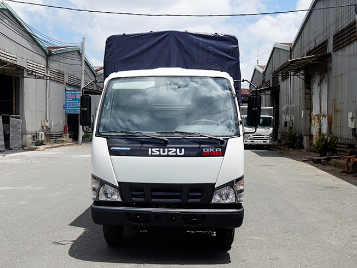 Xe tải ISUZU 1.4 tấn nâng tải 2.4 tấn, thùng mui bạt - Trả trước 100 triệu, giao xe ngay - Gọi 0978015468 (Mr Giang 24/24)