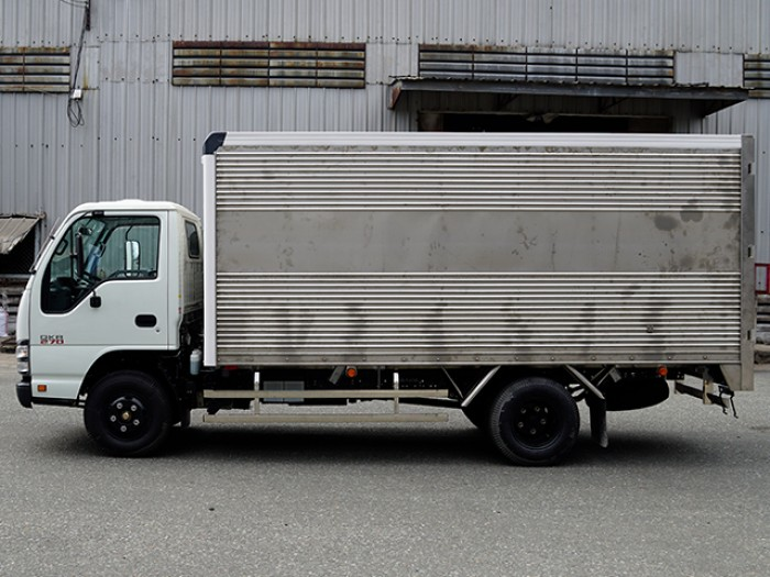 Khuyến mãi mua xe tải ISUZU 1.9 tấn thùng kín inox - Trả trước 100 triệu, giao xe ngay - GỌI 0978015468 (Mr Giang 24/24)