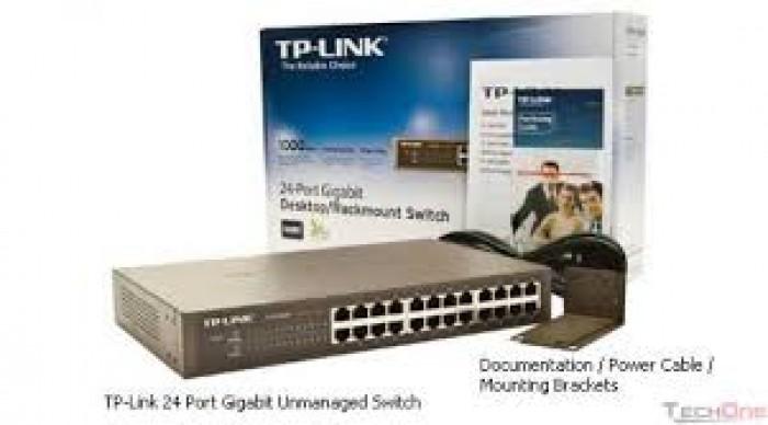 Bộ chia mạng TP-Link TL-SF1024D 24 cổng RJ45 10/100M.bán tại Điện máy Hải số 41 Lê văn Ninh, P Linh Tây, Chợ Thủ Đức bán giảm giá 6% từ giá thị trường là 850K bán chỉ còn 800K/2