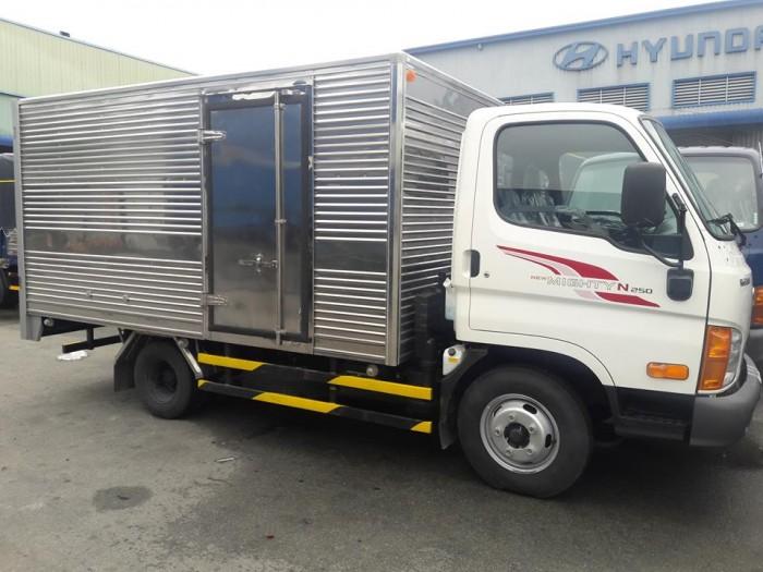 Báo Giá Xe Tải Hyundai N250 2.5 Tấn Thùng Kín - Đóng thùng theo yêu cầu , sản sóng inox hoặc các thùng chở hải sản