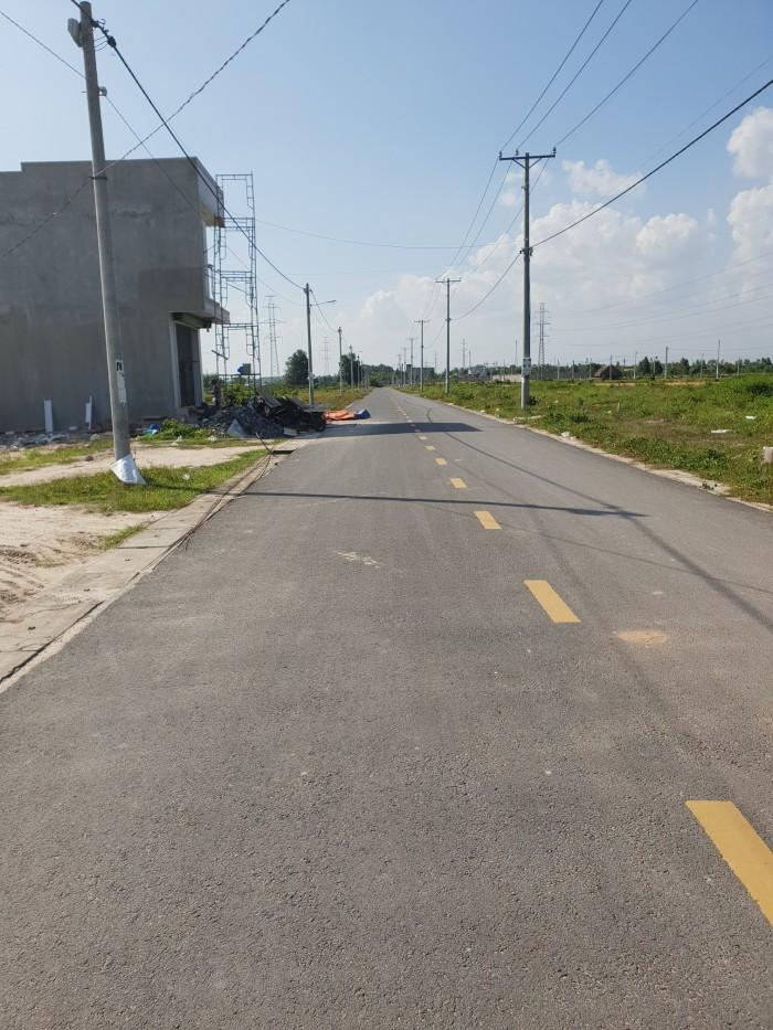 Cần bán đất mặt tiền đường nhựa lớn, xã An Phước, Long Thành. 5 x 20 thổ cư hết .