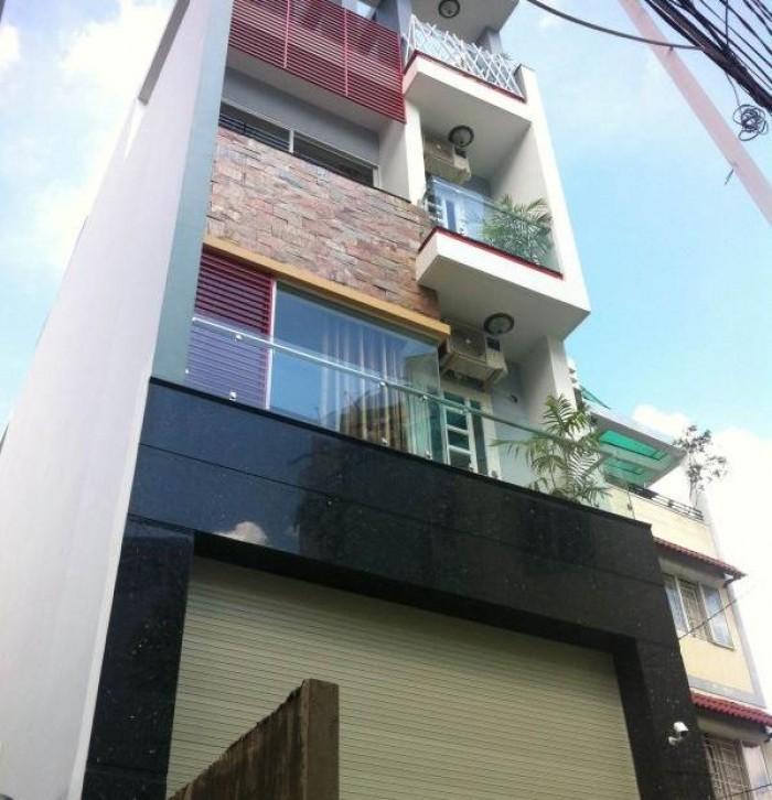 Bán nhà mặt tiền Lê Thị Riêng, P. Bến Thành, Q1, DT: 4x16m, trệt 3 tầng, cho thuê 65tr/tháng.