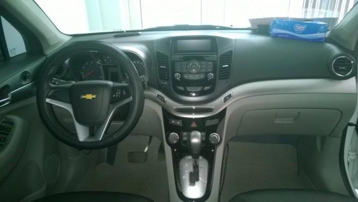 Bán Chevrolet Orlando LTZ 2015 tự động trắng xe đẹp như mới.