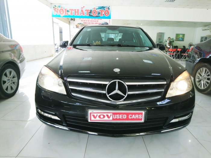 Bán Mercedes Benz C250 2010 CGI màu đen 0