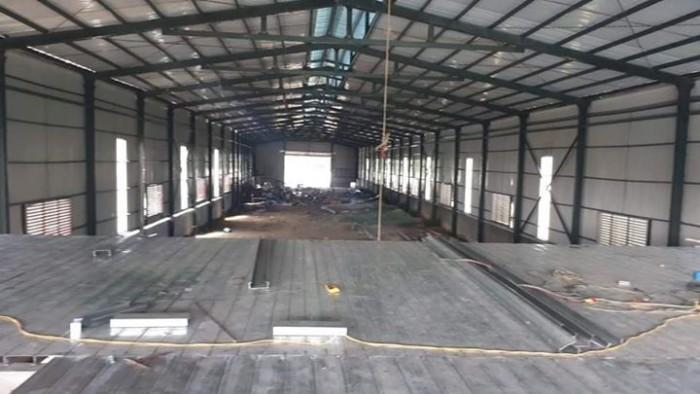Cho thuê xưởng 400m2 Đặng Xá, Gia Lâm. Đường container ra vào thoải mái.