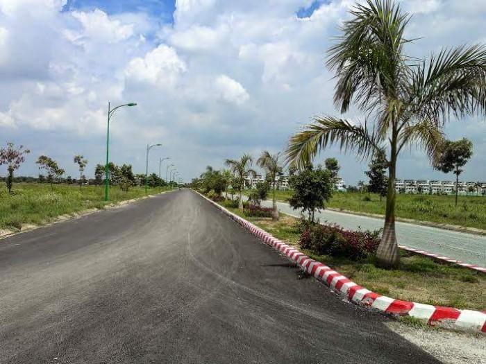 Cần bán lô đất CC nằm ngay trung tâm KCN Hải Sơn-Tân Đô ngay BV Tân Tạo
