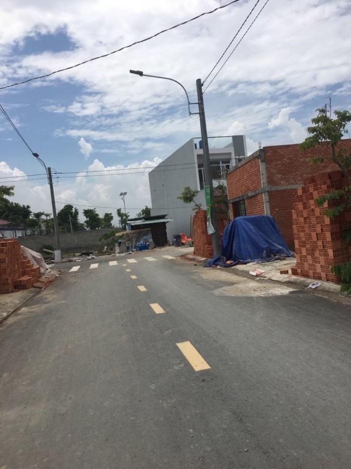 Bán gấp đất đường Trần Văn Giàu, DT 125m2 giá 550 triệu, SHR, xây dựng tự do