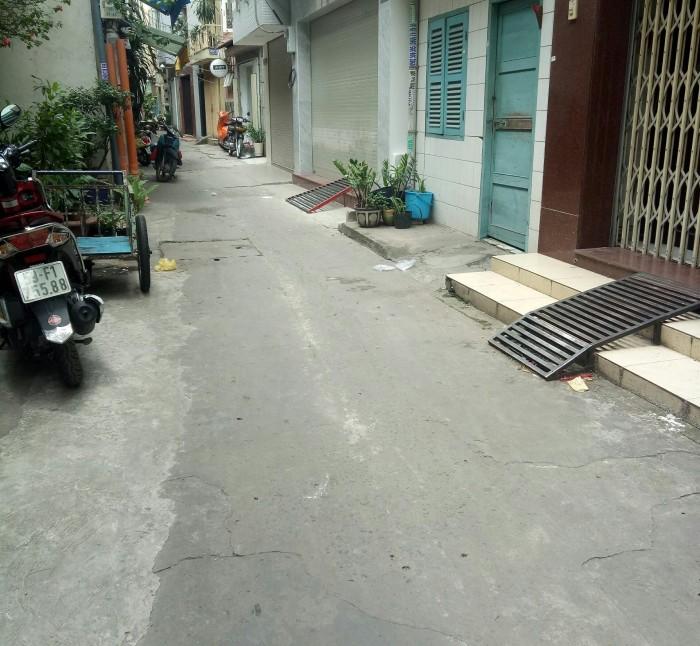Bán nhà Võ Văn Tần, quận 3 – (DT: 2,32m x 9,72m – NH: 3,92m)