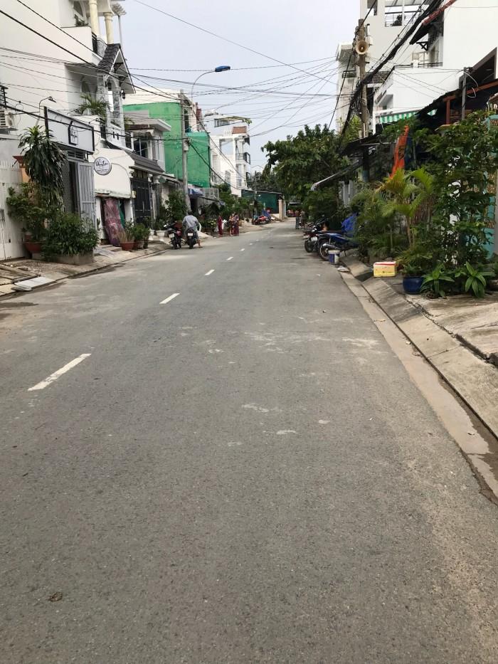 Bán nhà 2 lầu mặt tiền Đường số 49 phường Bình Thuận quận 7
