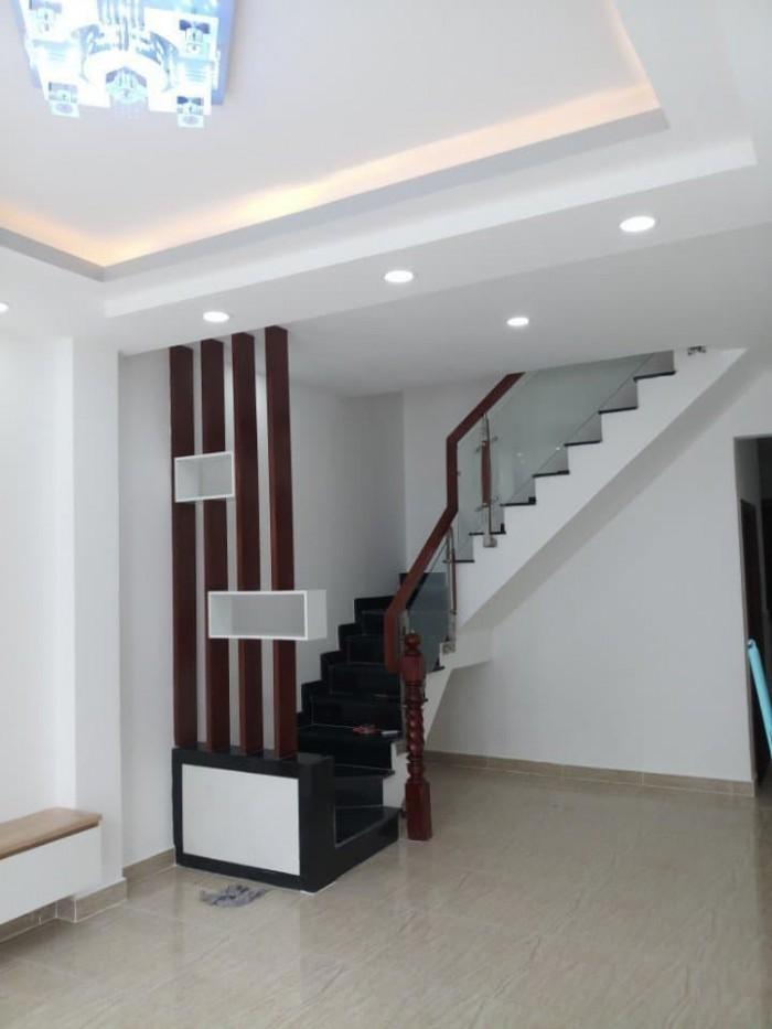 Bán gấp nhà 1 trệt 2 lầu, Nguyễn Bình, Nhà Bè.