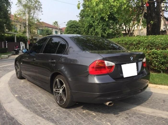 Đổi xe cần bán Bmw320i sx 2005, màu xám gia đình giữ kỷ.