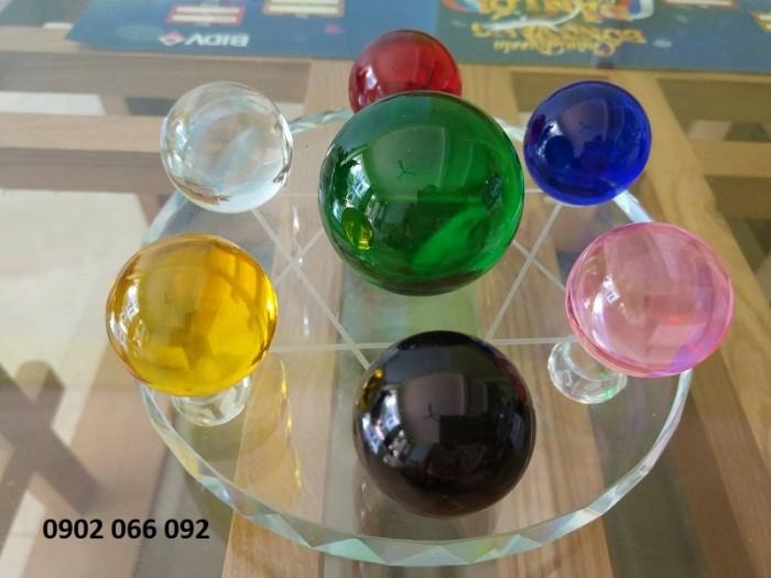 Chất liệu: Pha lê Kích thước: đĩa đường kính 15cm, viên cầu to 5cm, cầu bé 3,5cm Màu sắc chọn màu theo mệnh, liên hệ shop3