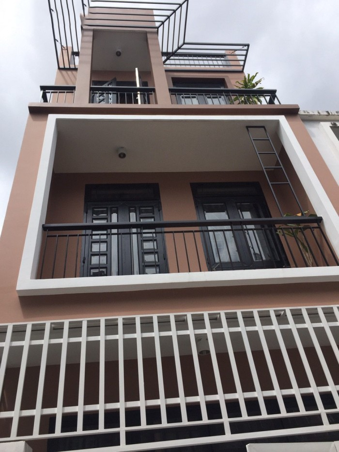 Bán nhà mới xây mặt tiền hẻm 6m Huỳnh Tấn Phát, Nhà Bè