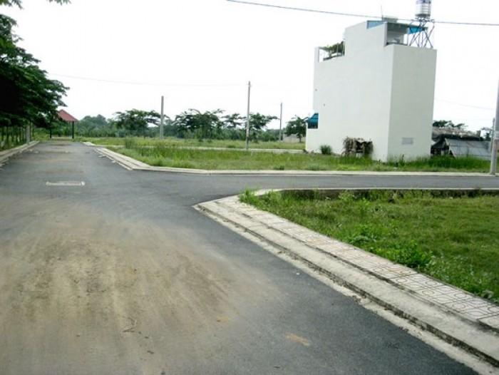 Đất 2 mặt tiền Ngã tư Hóc Môn, Lê Thị Kim thổ cư 100%, bao GPXD. 480tr
