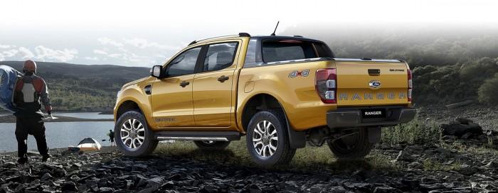 Bán ô tô Ford Ranger Wildtrak 2.0L, 2018, đủ màu, thùng, phim, bảo hiểm, thuế trước bạ