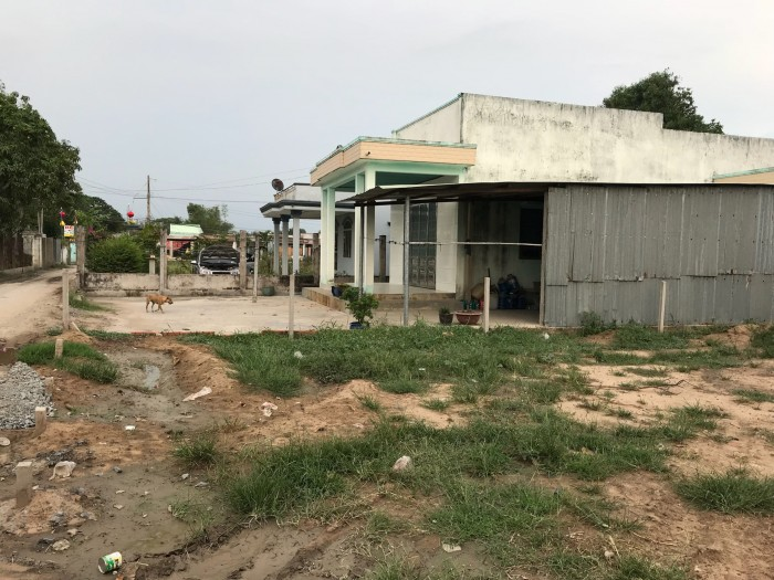 Cần lô đất 120m2  ngã 4 Thủ Khoa Huân, Thuận An , Bình Dương