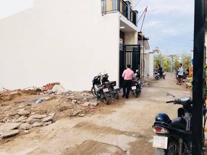 Bán nền hẻm cà phê sành điệu đường Nguyễn Tri Phương Ninh Kiều