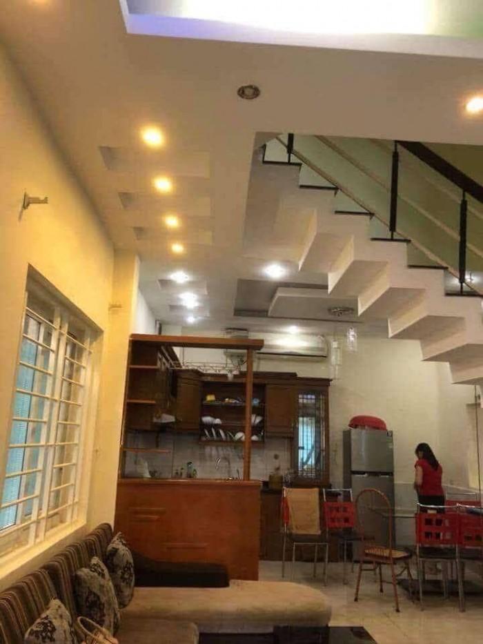 Bán nhà phân lô phố Thịnh Quang có gara ô tô diện tích 55m2, 5 tầng, mt 4.2m.