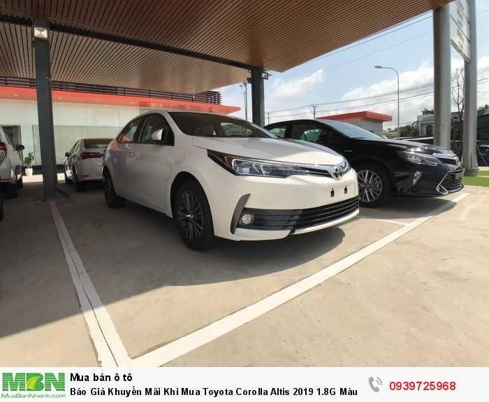 Xe Toyota Corolla Altis giá ưu đãi ở HCM, mọi thông tin tư vấn vui lòng gọi về hotline 0939 725 968 để được tư vấn ngay