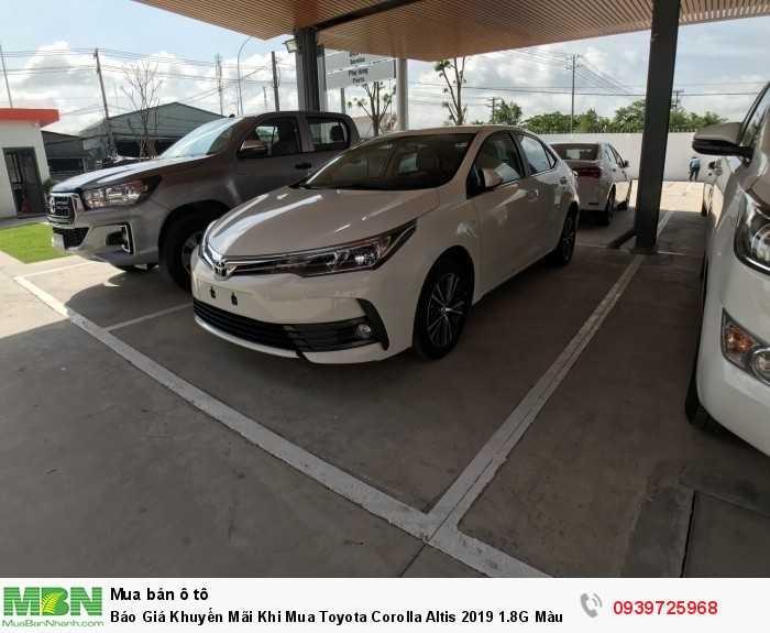 Báo Giá Khuyến Mãi Khi Mua Toyota Corolla Altis 2019 1.8G Màu Trắng Mua Góp Với 170Tr