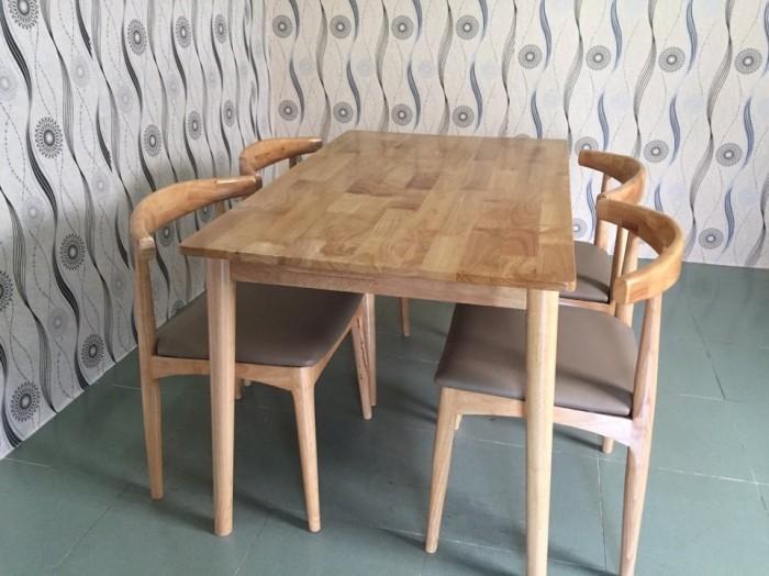 Bàn ghế ăn gỗ cao su cao cấp giá rẻ.