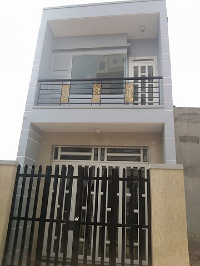 Cần bán căn nhà 80m2 đường Lò Gốm, Q6
