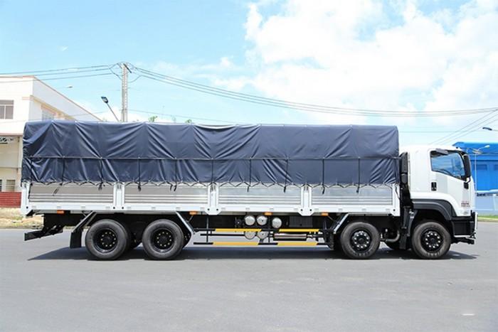 Xe tải Isuzu 4 chân 17 tấn 9 đời 2018, xe tải nặng Isuzu giá rẻ 0