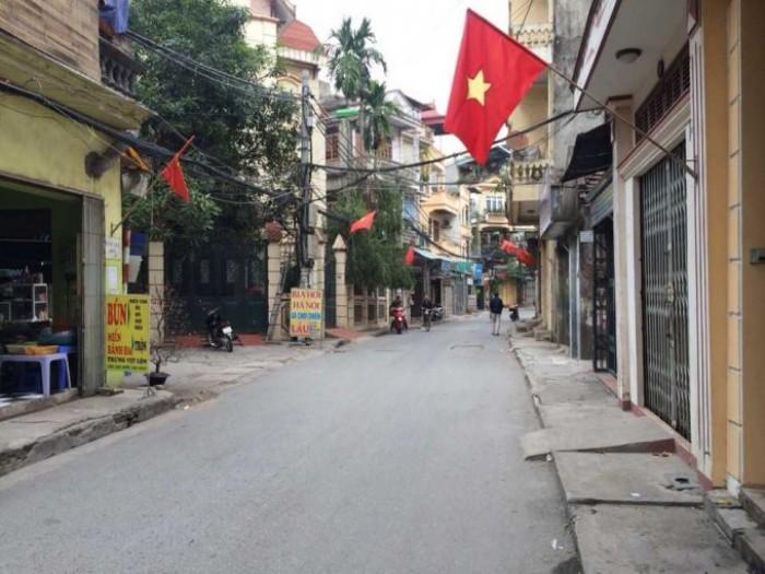 Bán nhà ngõ phố Lương Khánh Thiện, Hoàng Mai Hà Nội 80mx3T khuôn viên 146m