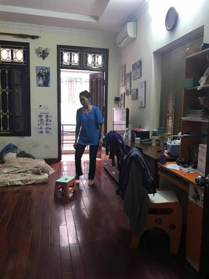 Bán gấp nhà mặt ngõ Vũ Tông Phan, kinh doanh - ô tô - gara