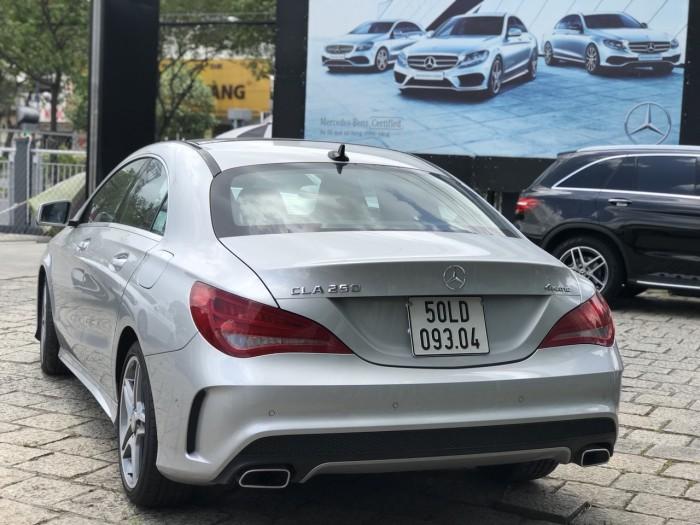 Bán xe Mercedes CLA250 Bạc 2017 chính hãng như mới 4