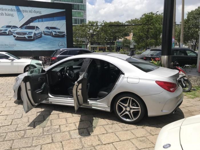 Bán xe Mercedes CLA250 Bạc 2017 chính hãng như mới 3