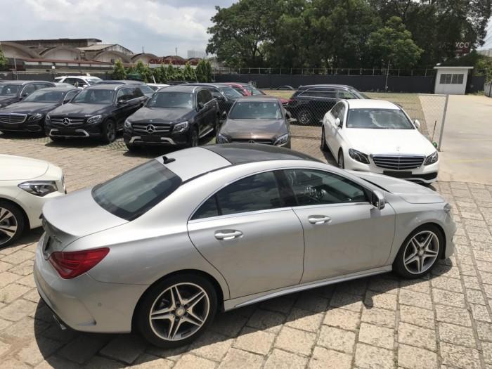 Bán xe Mercedes CLA250 Bạc 2017 chính hãng như mới 1
