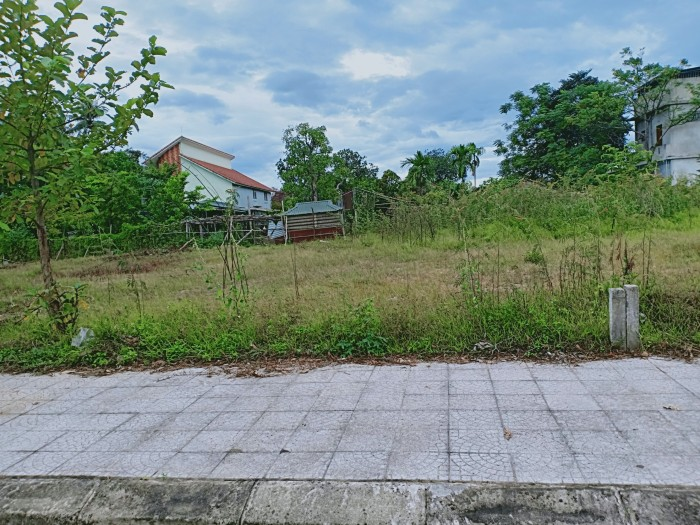 Thuộc KQH Thủy Dương 2, Phường Thủy Dương, TX Hương Thủy, gần Cafe Lộc Vừng